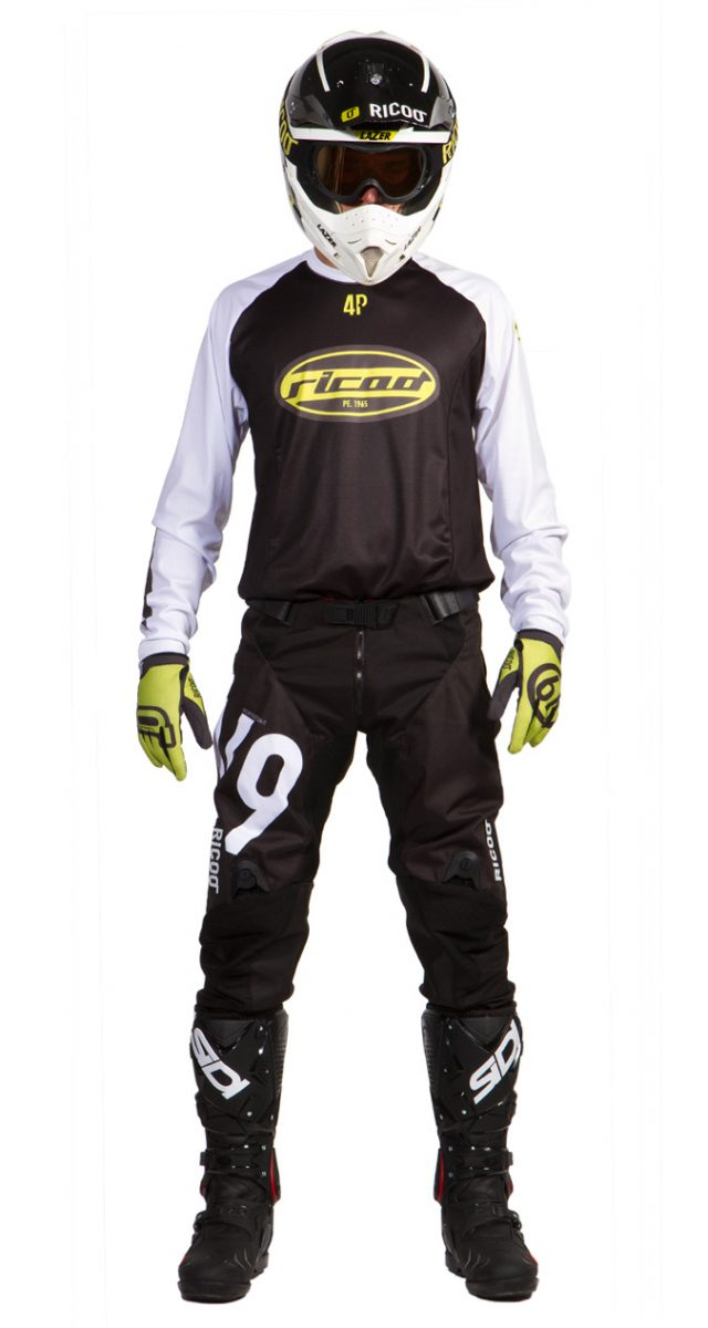 completo-motocross-nero-maniche-bianche-fronte